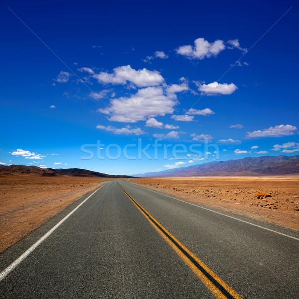 Verlaten route snelweg dood vallei Californië Stockfoto © lunamarina
