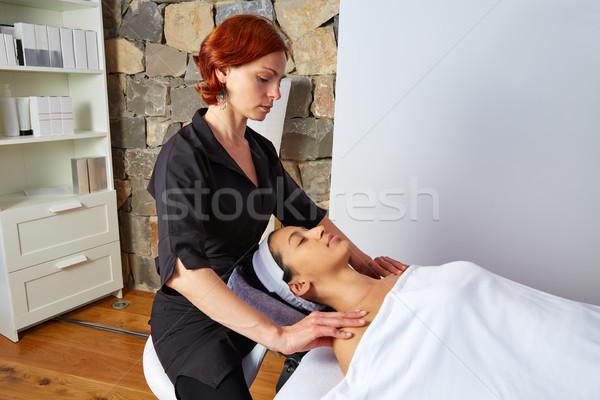 Foto d'archivio: Spalle · collo · massaggio · donna · mani · relax
