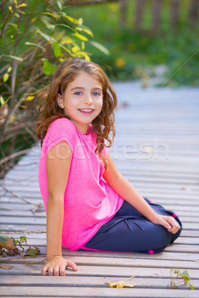 Gyerek lány ősz mosolyog fogszabályozó fogak Stock fotó © lunamarina