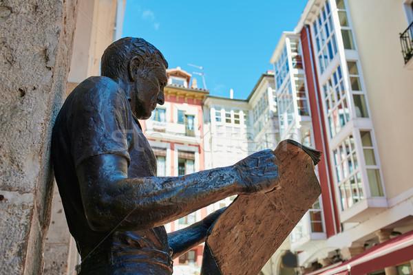 Szobor újság olvasó tér épület város Stock fotó © lunamarina