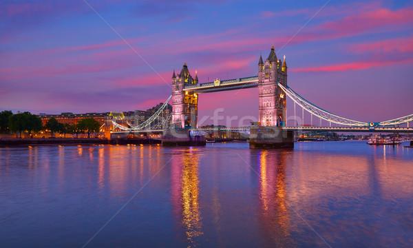 ロンドン タワーブリッジ 日没 テムズ川 川 イングランド ストックフォト © lunamarina