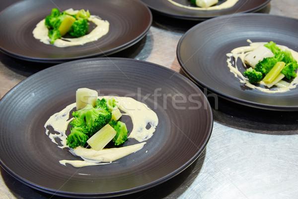 Camarão maionese brócolis comida cozinha jantar Foto stock © lunamarina