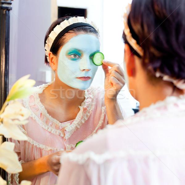 Сток-фото: смешные · домохозяйка · красоту · зеленый · глина · маске