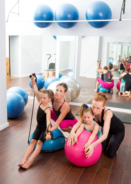 Photo stock: Aérobic · pilates · femmes · Kid · filles