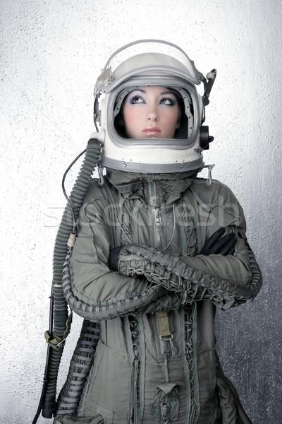 Astronauta statek kosmiczny samolotów kask moda kobieta Zdjęcia stock © lunamarina