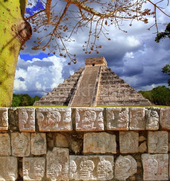 Stok fotoğraf: Chichen · Itza · duvar · kafatasları · piramit · Bina · inşaat