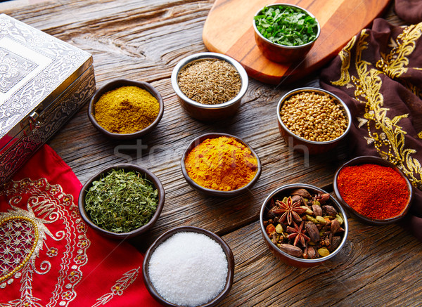 Hint mutfağı baharatlar kişniş köri kakule Stok fotoğraf © lunamarina