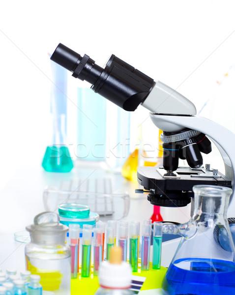 Stok fotoğraf: Kimyasal · bilimsel · laboratuvar · mikroskop · deney · tüpü