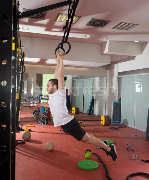 Crossfit fitness anneau Swing exercice Photo stock © lunamarina