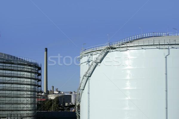Duży chemicznych zbiornika benzyny pojemnik przemysł naftowy Zdjęcia stock © lunamarina