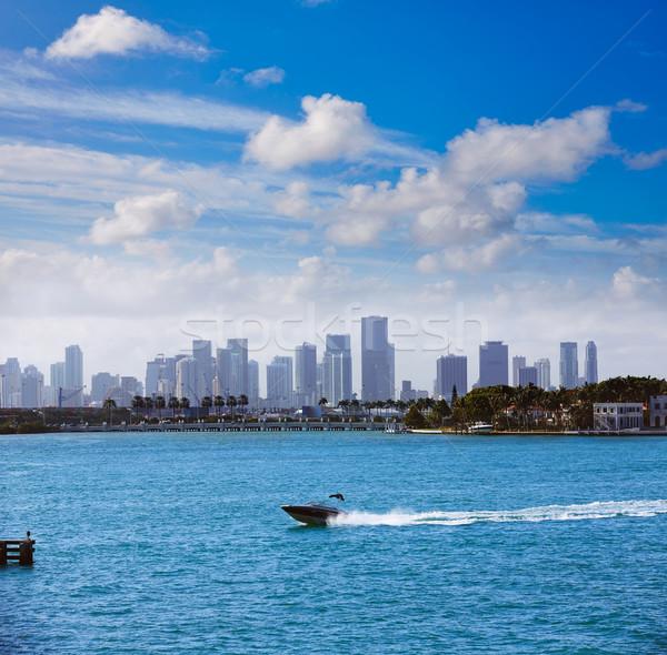 Miami centro da cidade nebuloso linha do horizonte praia névoa Foto stock © lunamarina