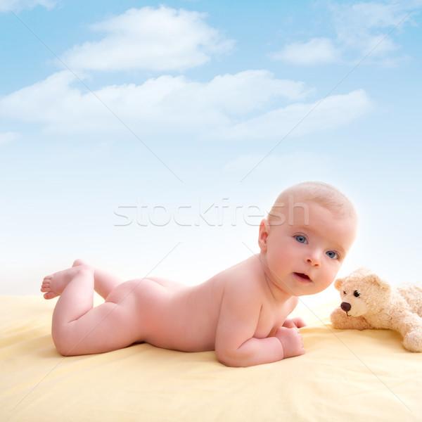赤ちゃん 青い目 笑みを浮かべて 光 ストックフォト © lunamarina