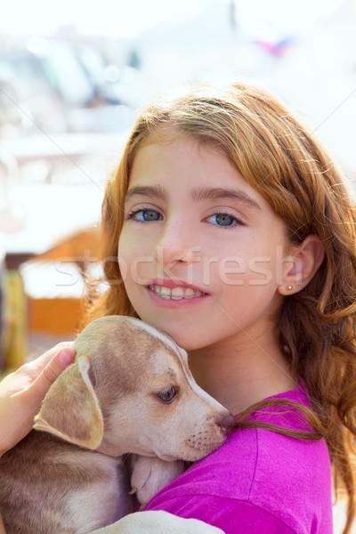 Kid meisje glimlachend puppy hond tanden Stockfoto © lunamarina
