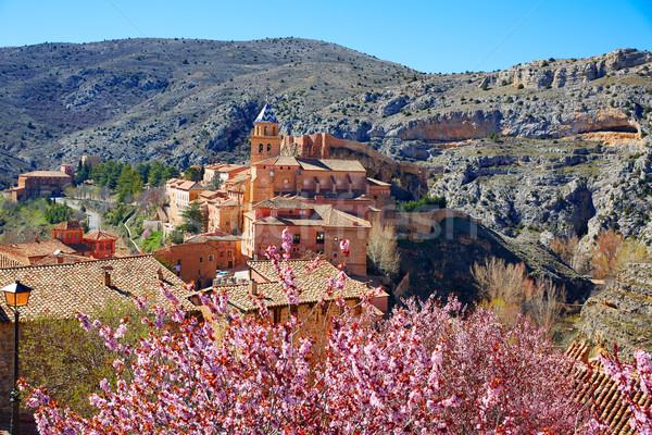 Medieval cidade Espanha aldeia parede rua Foto stock © lunamarina