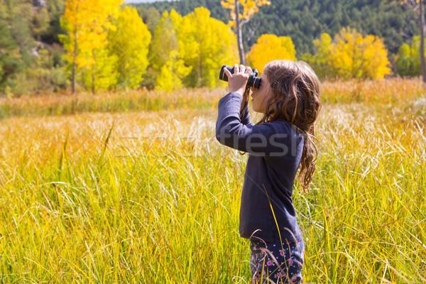 Photo stock: Explorateur · Kid · fille · jaune · automne · nature
