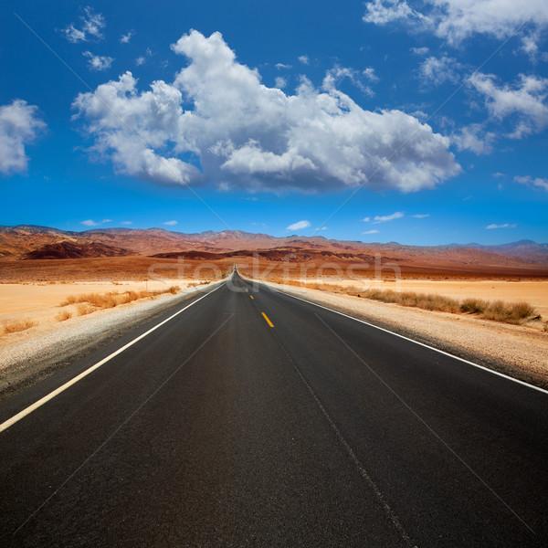 Morte vale em linha reta estrada deserto parque Foto stock © lunamarina