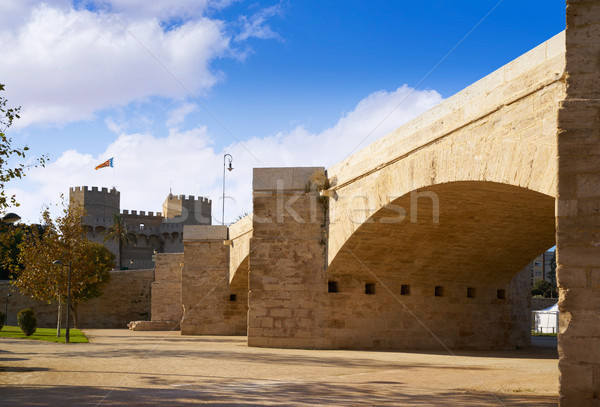 Serrano Valencia brug oude stad Stockfoto © lunamarina
