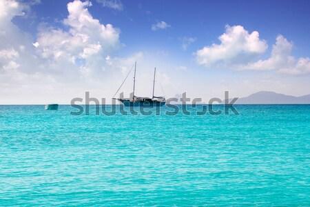 Foto stock: Ancla · barcos · horizonte · playa · agua · paisaje