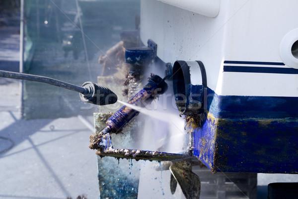 Mavi tekne temizlik basınç yıkayıcı çalışmak Stok fotoğraf © lunamarina