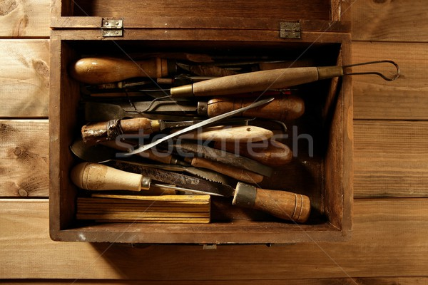 Charpentier main outils artiste bois construction Photo stock © lunamarina