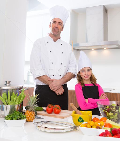 Chef meester kid meisje koken school Stockfoto © lunamarina
