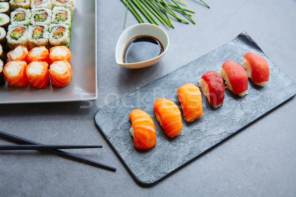 Sushi maki sojasaus Californië rollen voedsel Stockfoto © lunamarina
