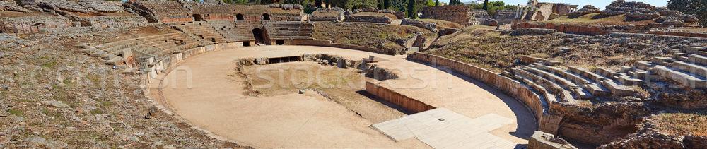 Romano anfiteatro Espanha la edifício cidade Foto stock © lunamarina