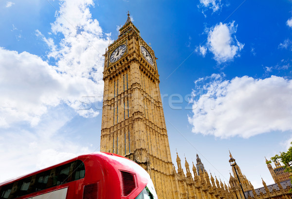 Big Ben horloge tour Londres bus thames Photo stock © lunamarina