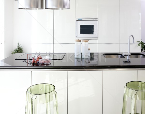 Moderno branco cozinha limpar design de interiores casa Foto stock © lunamarina