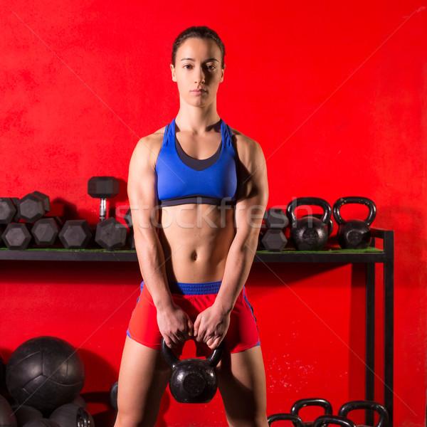 ケトルベル スイング トレーニング 訓練 女性 ジム ストックフォト © lunamarina