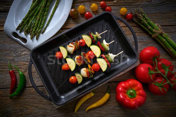 Grill paradicsom hagyma bors cukkini zöldség Stock fotó © lunamarina
