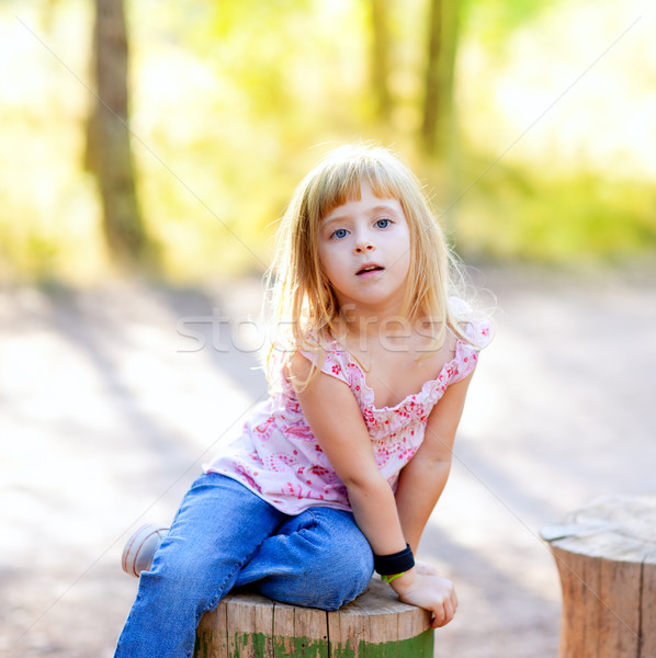 Photo stock: Blond · Kid · fille · forêt · extérieur