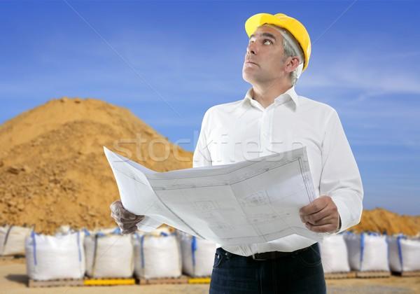 Szakértelem építész idős mérnök terv homok Stock fotó © lunamarina