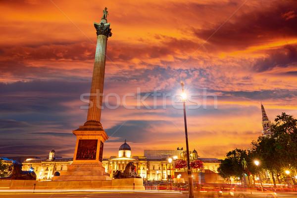 Londen vierkante zonsondergang kolom Engeland stad Stockfoto © lunamarina
