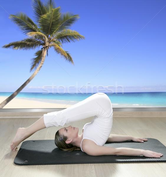 Stok fotoğraf: Siyah · yoga · kadın · pencere · görmek · hurma · ağacı