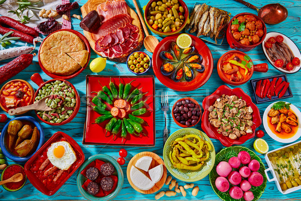 Foto stock: Tapas · Espanha · popular · receitas · cozinha · mediterrânea
