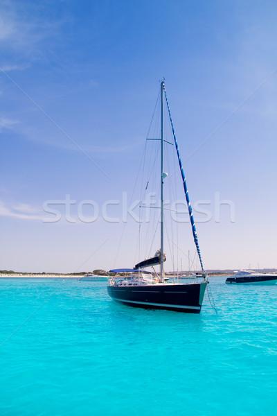 Velero turquesa playa lujo cielo agua Foto stock © lunamarina