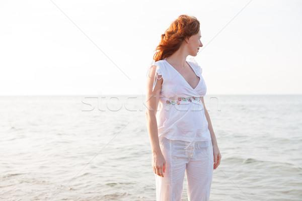 Kobieta w ciąży plaży biały świetle morze Śródziemne Hiszpania Zdjęcia stock © lunamarina