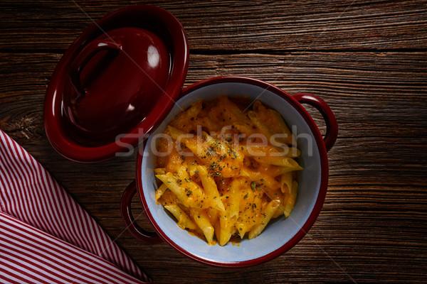 Macarrão queijo italiano macarrão receita mesa de madeira Foto stock © lunamarina