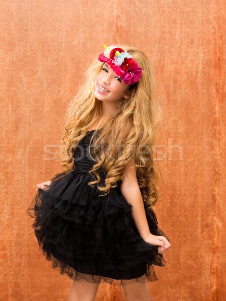 Fekete ruha gyerek lány tánc klasszikus retro Stock fotó © lunamarina