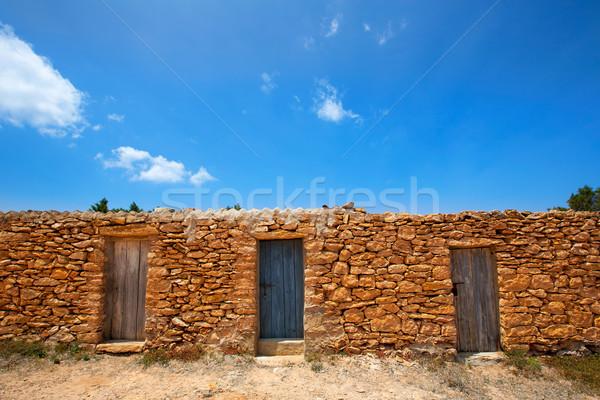 Plage maçonnerie maisons porte fond modèle Photo stock © lunamarina
