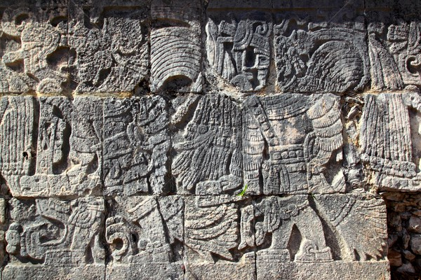 Chichen Itza hieroglyphics mayan pok-ta-pok ball court Stock photo © lunamarina