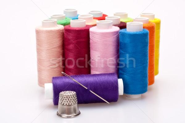 Gekleurd draad naaien naald vingerhoed veelkleurig Stockfoto © Lupen
