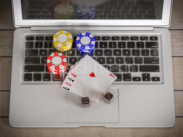 Zdjęcia stock: Laptop · chipy · poker · karty · tabeli · Internetu