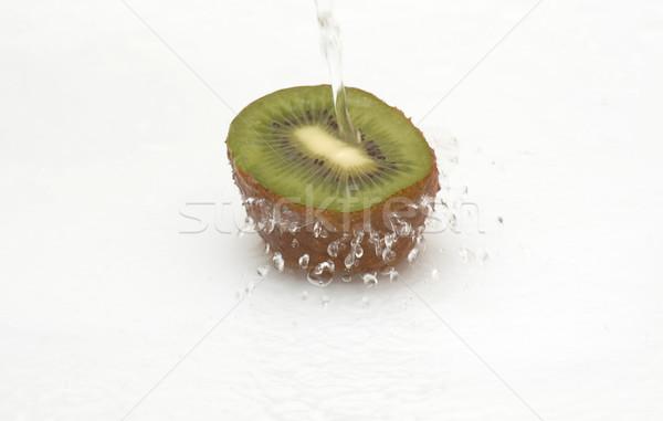 Kócos kiwi hideg streamelés víz friss Stock fotó © lypnyk2