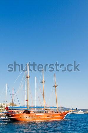 красивой побережье морем замечательный яхта синий Сток-фото © lypnyk2