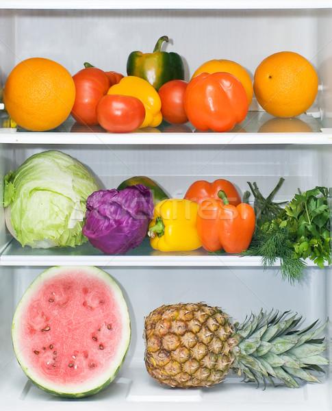 Hűtőszekrény tele egészséges étkezés fényes gyümölcs zöldségek Stock fotó © macsim