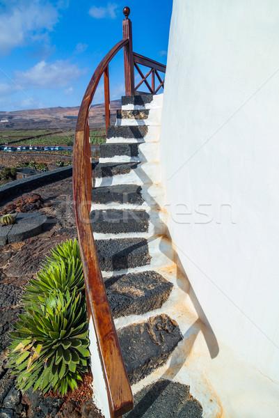 Kő lépcső rusztikus ház középkori fehér Stock fotó © macsim