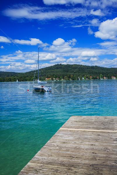 Альпы лет пейзаж идиллический озеро яхта Сток-фото © macsim