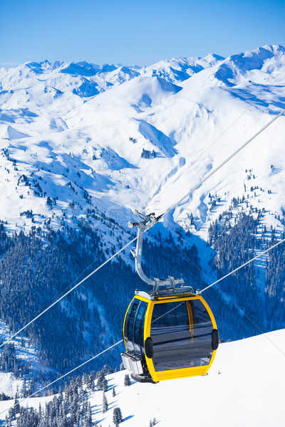 Ski lift stoelen heldere winter dag Stockfoto © macsim